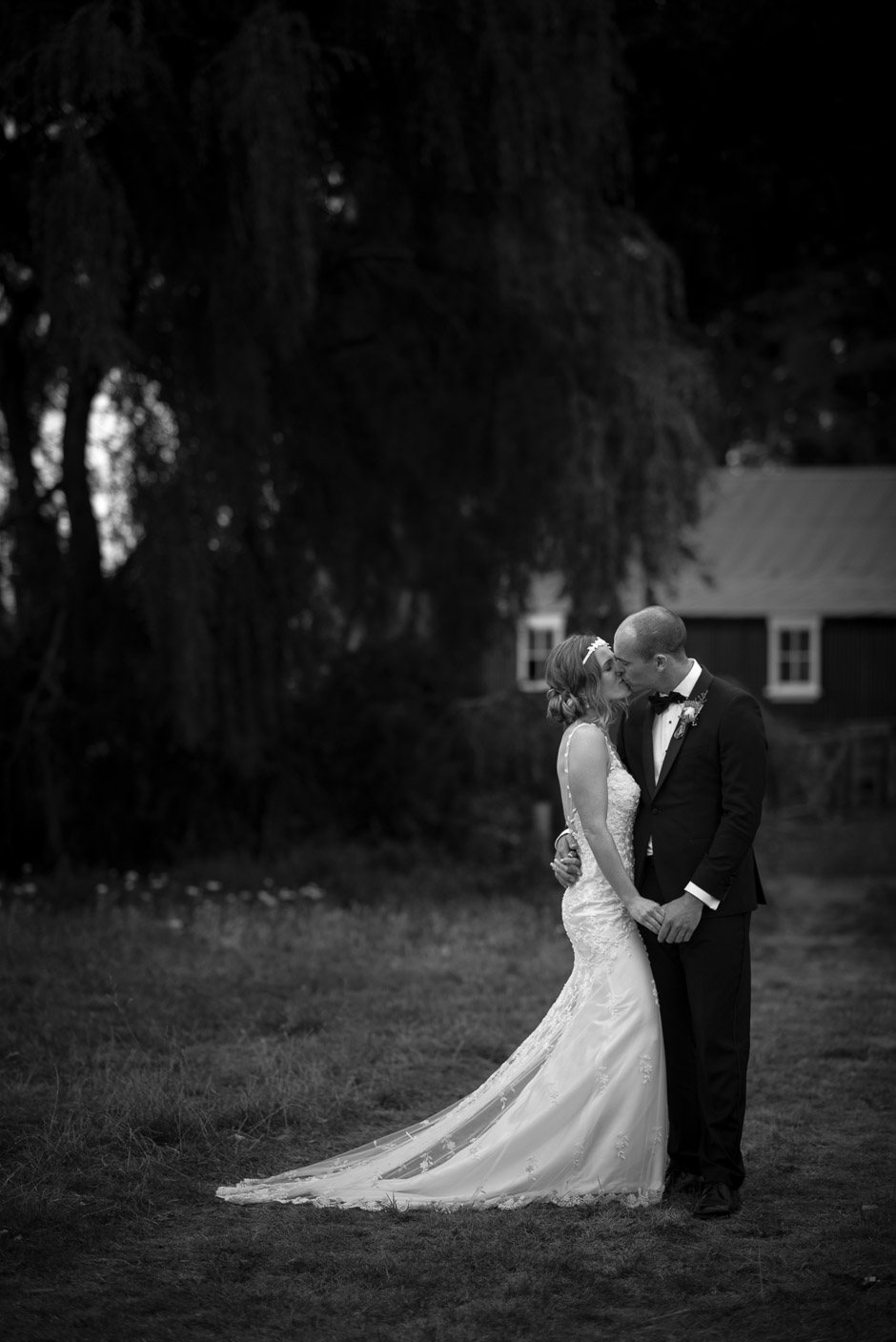 NM-New-Zealand-Farm-Backyard-Wedding-Emma-Brittenden-084