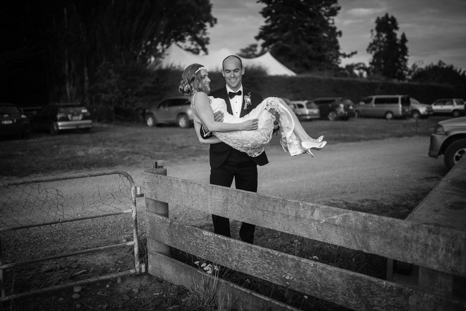 NM-New-Zealand-Farm-Backyard-Wedding-Emma-Brittenden-093