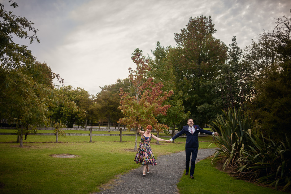Penny Ashton and Matthew Harvey's Coatesville Settlers Hall wedding in Auckland