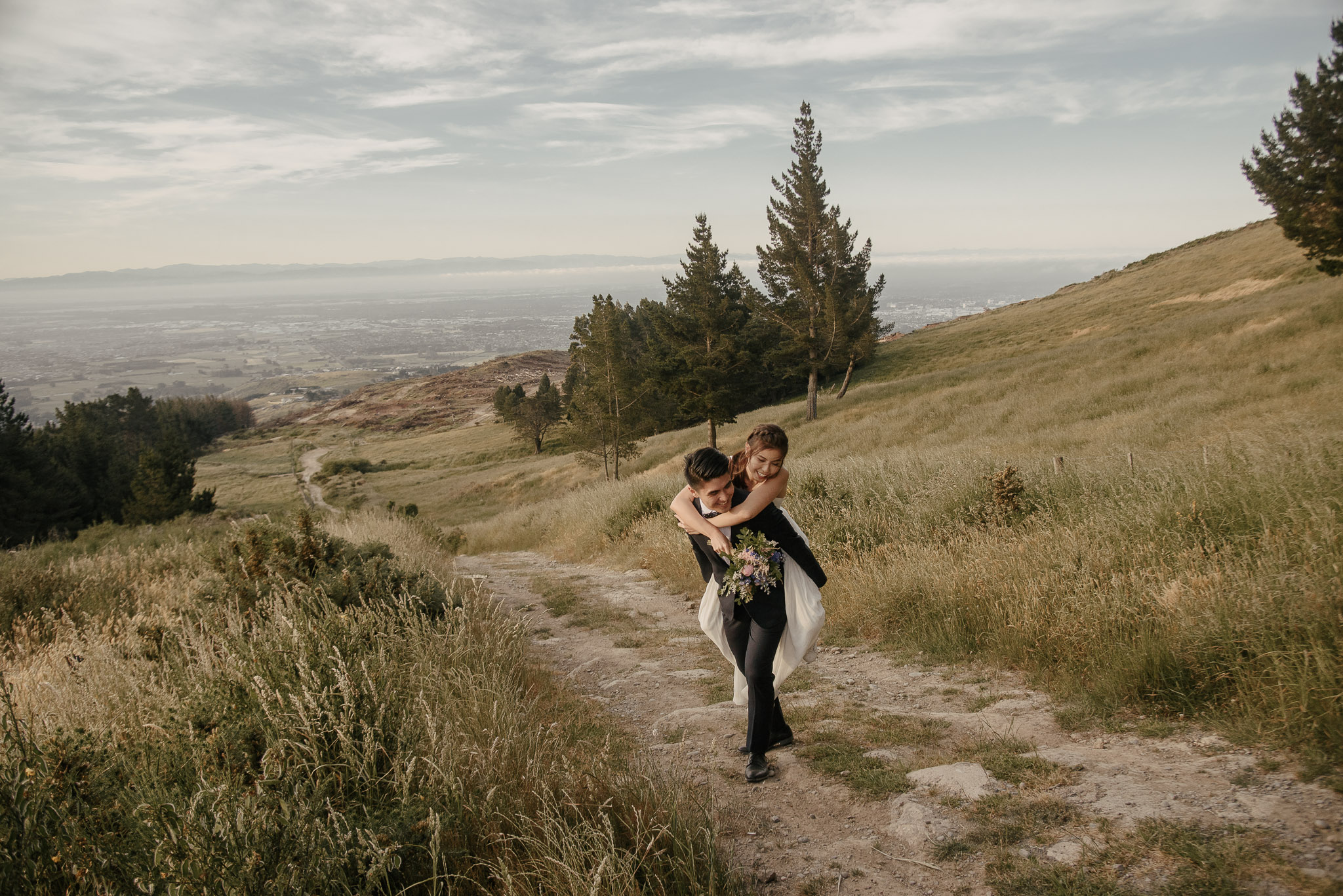 Pre-wedding photos on the Christchurch Port Hills